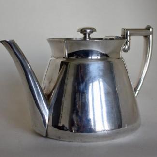 Walker & Hall tea pot 2