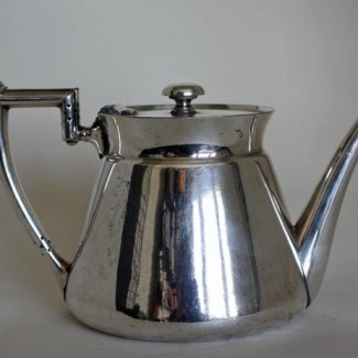 Walker & Hall tea pot