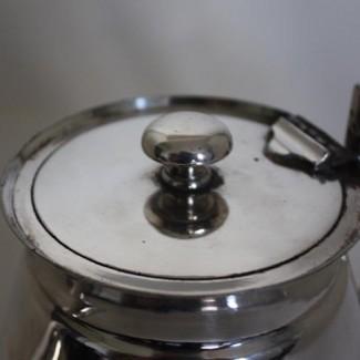 Walker & Hall tea pot cover detail