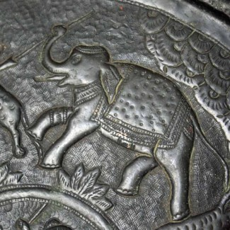 Persian-charger-detail