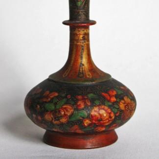 Indian-bottle-vase-flowers–crop
